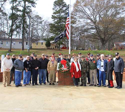 Christmas Wreath Placement  Honoring Veterans
