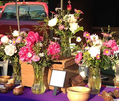 Flowers for Mom at the Jasper Farmers Market