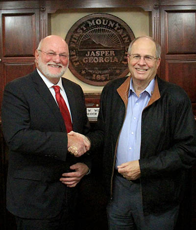 Mayor John Weaver and Mayor-elect Steve Lawrence