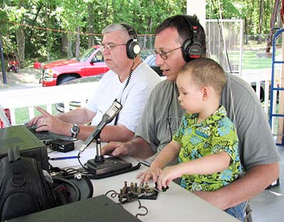 Jasper Radio Club Prepares for Emergencies