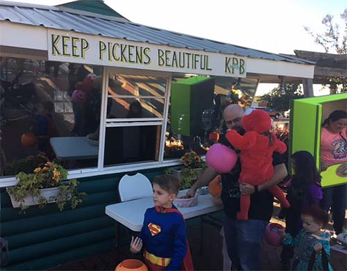 Keep Pickens Beautiful Sets Record Year for Kids and Candy