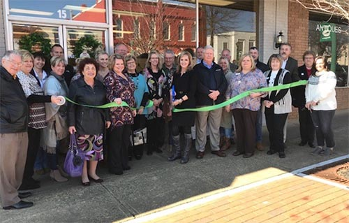 Magnolia's on Main – Ribbon Cutting